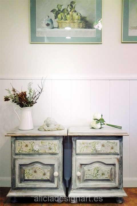 Pareja de mesitas de noche - Decoracíon de muebles antiguos estilo Shabby Chic, Provenzal, Rómantico, Nórdico