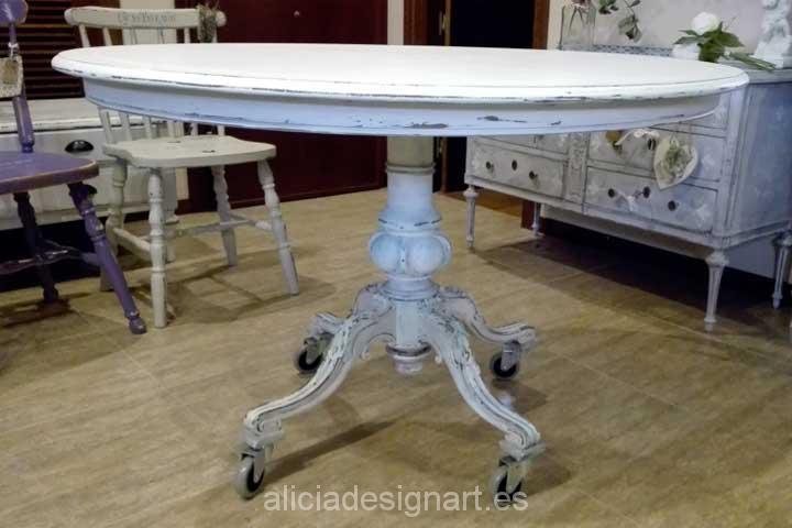 Mesa redonda con ruedas - Decoracíon de muebles antiguos estilo Shabby Chic, Provenzal, Rómantico, Nórdico
