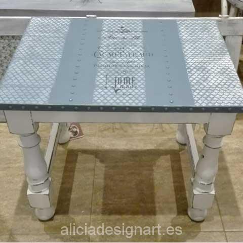 Mesita auxiliar con sobre metal - Decoracíon de muebles antiguos estilo Shabby Chic, Provenzal, Rómantico, Nórdico
