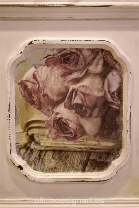perchero reciclado con motivo rosas - Decoracíon de muebles antiguos estilo Shabby Chic, Provenzal, Rómantico, Nórdico