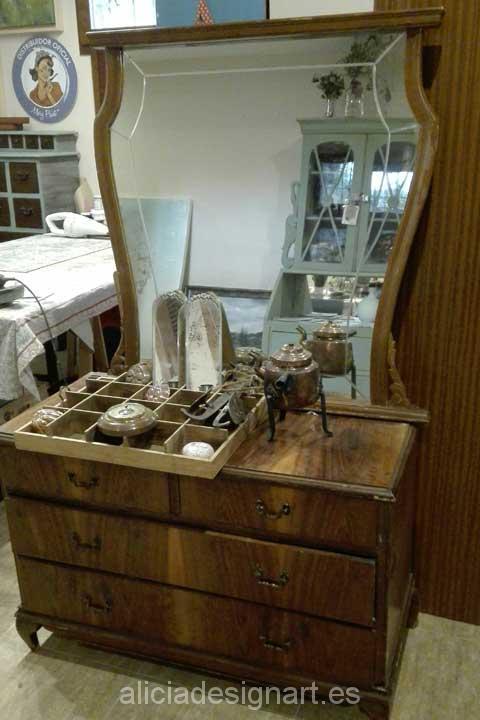 Cómoda tocador con espejo estilo Shabby Chic - Decoracíon de muebles antiguos estilo Shabby Chic, Provenzal, Rómantico, Nórdico