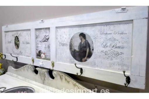 Ventana antigua reciclada en perchero estilo Shabby Chic - Decoracíon de muebles antiguos estilo Shabby Chic, Provenzal, Rómantico, Nórdico