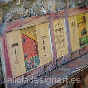 decoración-mesita-vintage-découpage-flores-shabby-chic-alicia-designart