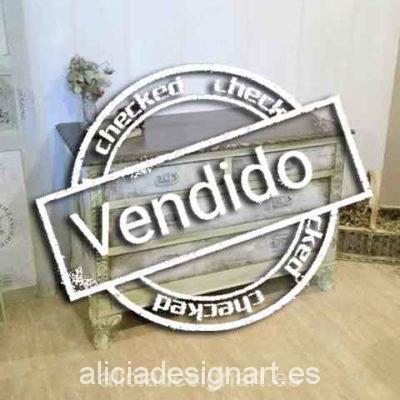 Cómoda verde Art Déco - Taller de decoración de muebles antiguos Madrid. Muebles de colores, productos y cursos.