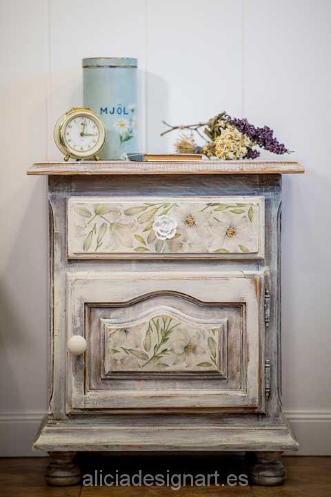 Tienda decoracion muebles productos pintura en madrid - Decoracion con muebles antiguos ...