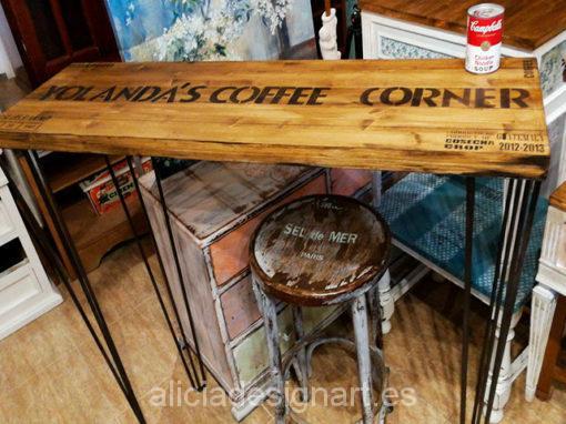 Mesa de cocina estilo industrial retro