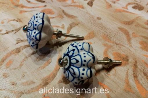 tirador-boho-cerámcia-azul-y-blanco-floral-alicia-designart