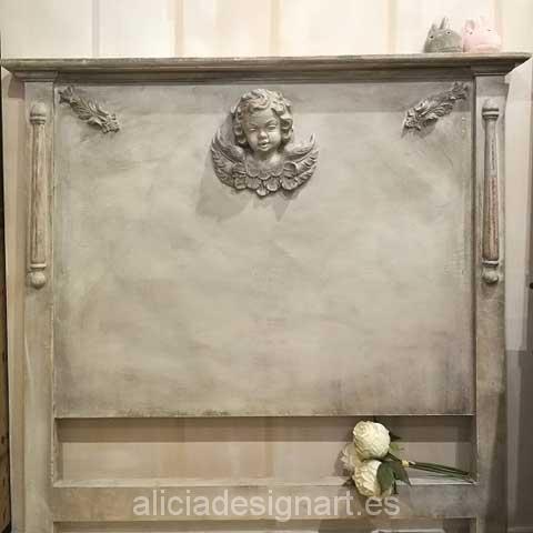 Cabecero antiguo restaurado y decorado con angelito - Taller decoracíon de muebles antiguos Madrid estilo Shabby Chic, Provenzal, Rómantico, Nórdico