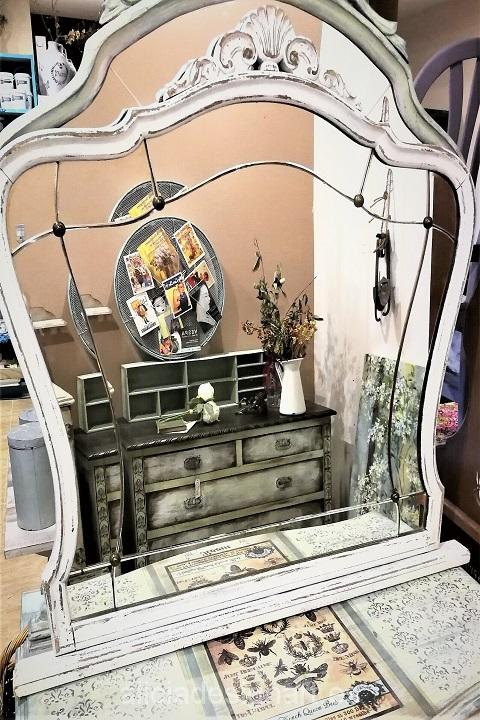 espejo-antiguo-restaurado-blanco-decapado-estilo-shabby-chic-vintage