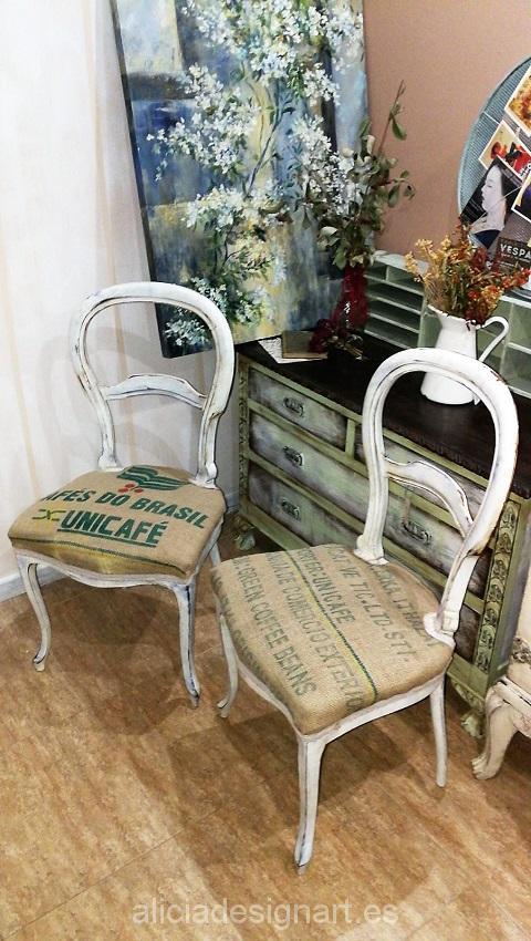 sillas vintage tapizadas con sacos de café reciclados originales de forma artesana