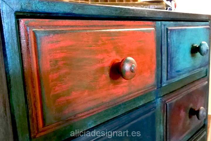 Estilo Boho Chic: de cajonera vintage verde a aparador colorido
