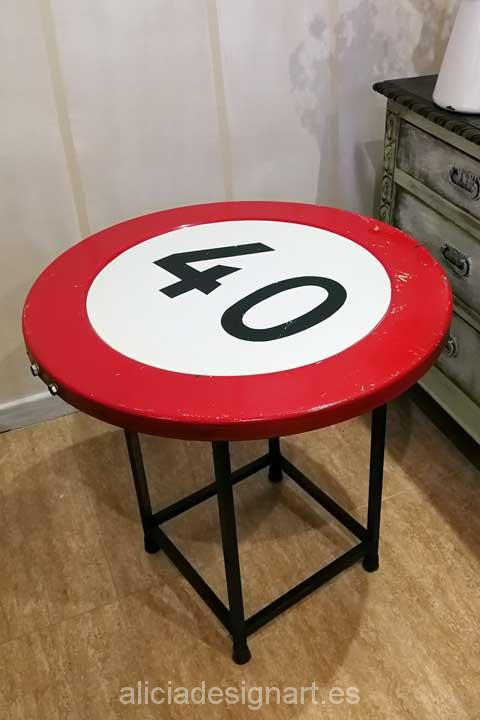 Mesitas auxiliares señal de trafico reciclado - Taler decoracíon de muebles antiguos Madrid estilo Shabby Chic, Provenzal, Rómantico, Nórdico