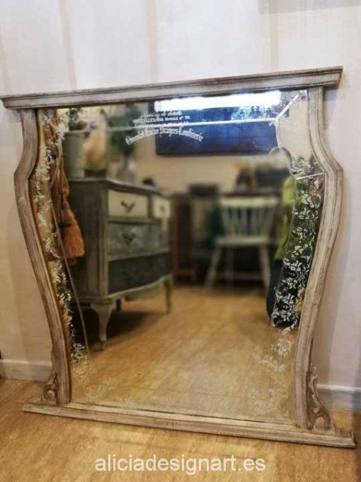 Espejo antiguo Shabby Chic con luna biselada - Taller decoracíon de muebles antiguos Madrid estilo Shabby Chic, Provenzal, Rómantico, Nórdico