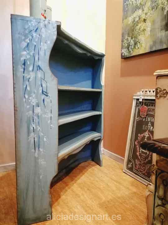 Armarios antiguos pintados muebles antiguos pintados - Muebles antiguos madrid ...
