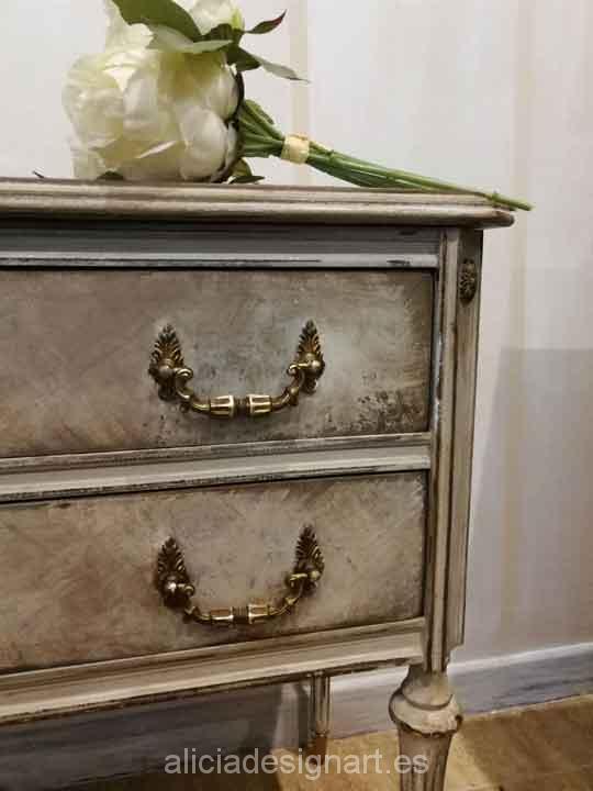 Mesitas antiguas decoradas Shabby Chic por encargo - Taller decoracíon de muebles antiguos Madrid estilo Shabby Chic, Provenzal, Rómantico, Nórdico