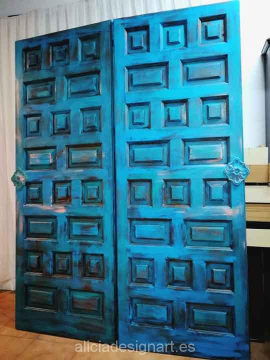 Puerta vintage de madera maciza reciclada en cabecero for Puertas de madera reciclada