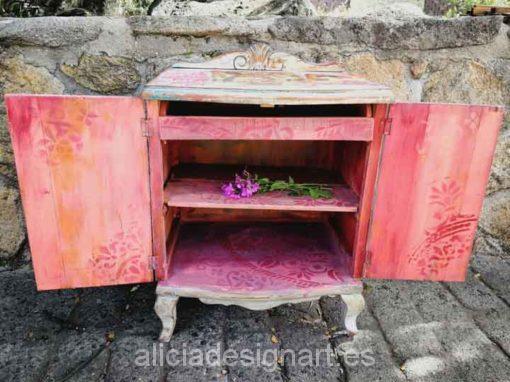 Mesita de noche romántica antigua decorada estilo Boho Chic rosa con stencil - Taller decoración de muebles antiguos Madrid estilo Shabby Chic, Provenzal, Rómantico, Nórdico