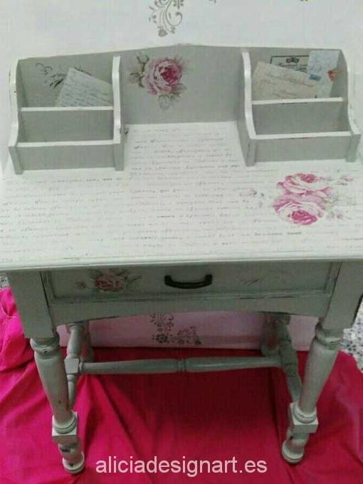 Mesia escritorio decorada Shabby Chic y stencils - Taller decoración de muebles antiguos Madrid estilo Shabby Chic, Provenzal, Rómantico, Nórdico