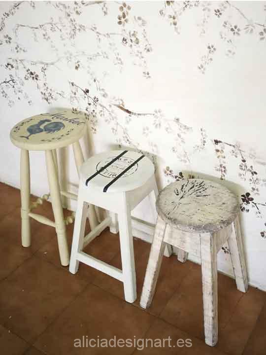 Taburetes antiguos de madera maciza decorados estilo Shabby Chic - Taller decoración de muebles antiguos Madrid estilo Shabby Chic, Provenzal, Rómantico, Nórdico