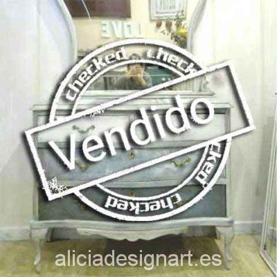 Cómoda Abeja Real shabby chic azul - Taller decoración de muebles antiguos Alicia Designart Madrid.