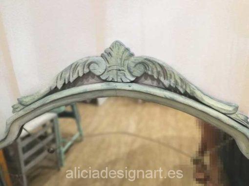 Espejo antiguo con molduras decorado estilo shabby chic Gustaviano - Taller decoración de muebles antiguos Madrid estilo Shabby Chic, Provenzal, Rómantico, Nórdico