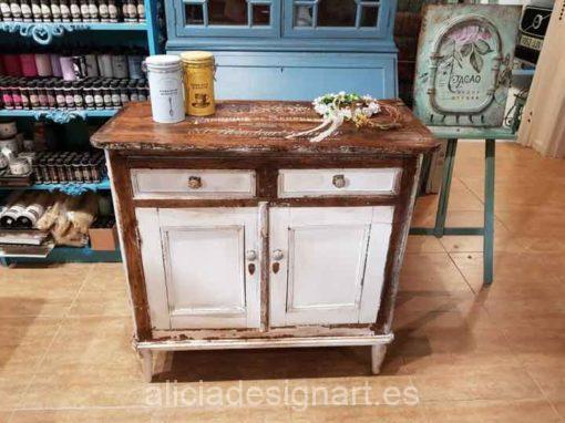 Aparador antiguo de madera maciza decorado estilo francés campestre rústico - Taller decoración de muebles antiguos Alicia Designart Madrid.
