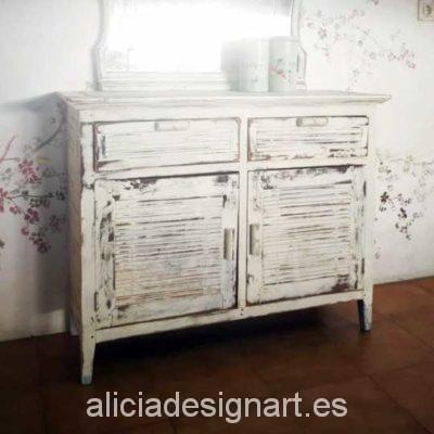 Aparador colonial antiguo decorado estilo desgastado reciclado blanco - Taller decoración de muebles antiguos Alicia Designart Madrid.