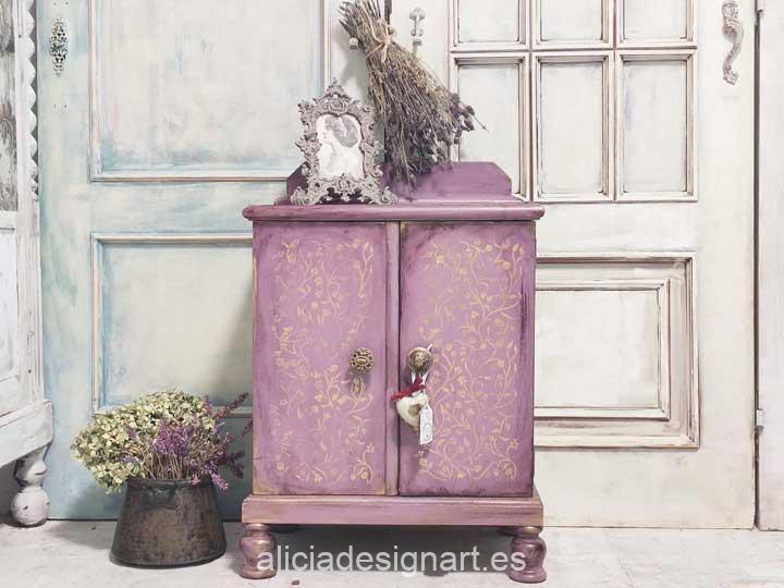 Ejemplo de mesilla de noche pintada con la pintura acrílica Cadence Hybrid rosa Camelot H029 - Decoración de muebles antiguos estilo Shabby Chic, Provenzal, Romántico, Nórdico