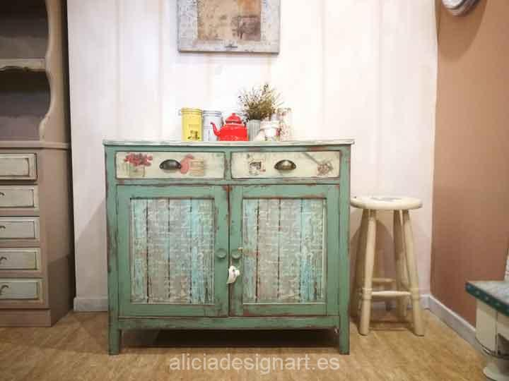 Aparador antiguo decorado estilo provenzal verde alicia - Muebles estilo antiguo ...