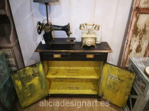 Aparador decorado estilo Industrial ideal para espacios pequeños - Taller decoración de muebles antiguos Alicia Designart Madrid.