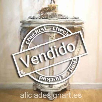 Consola antigua de tres patas decorada estilo Shabby Chic Blanco - Taller decoración de muebles antiguos Alicia Designart Madrid.