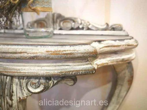 Consola antigua de tres patas decorada estilo Shabby Chic Blanco - Taller decoración de muebles antiguos Alicia Designart Madrid.