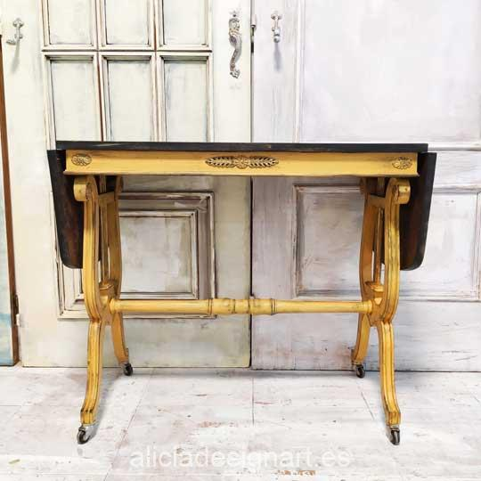 Mesa decorada con pintura acrílica Cadence Hybrid Ambar H013 - Decoración de muebles antiguos estilo Shabby Chic, Provenzal, Romántico, Nórdico