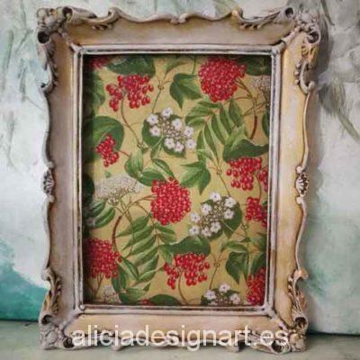 Cuadro decorativo con papel de arroz, marco resina, flores del bosque - Taller decoración de muebles antiguos Madrid estilo Shabby Chic, Provenzal, Romántico, Nórdico