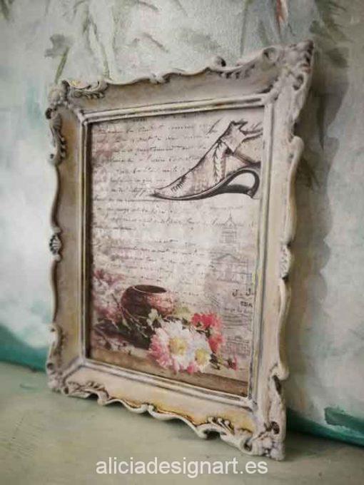Cuadro decorativo con papel de arroz, marco resina, zapatito rococó - Taller decoración de muebles antiguos Madrid estilo Shabby Chic, Provenzal, Romántico, Nórdico
