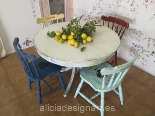 Mesa de comedor redonda extensible estilo campestre blanco desgastado - Taller de decoración de muebles antiguos Madrid. Muebles de colores, productos y cursos.