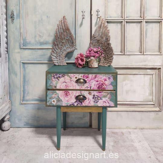 Mesita decorada con el papel de arroz collage de flores sobre fondo verde de Cadence PA744 - Taller decoración de muebles antiguos Madrid estilo Shabby Chic, Provenzal, Romántico, Nórdico