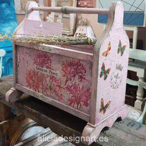 Revistero antiguo decorado estilo Shabby Chic con stencil y craquelado - Taller decoración de muebles antiguos Madrid estilo Shabby Chic, Provenzal, Romántico, Nórdico