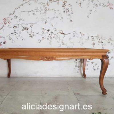 Mesita auxiliar antigua decorada por encargo - Taller de decoración de muebles antiguos Madrid. Muebles de colores, productos de decoración y cursos.