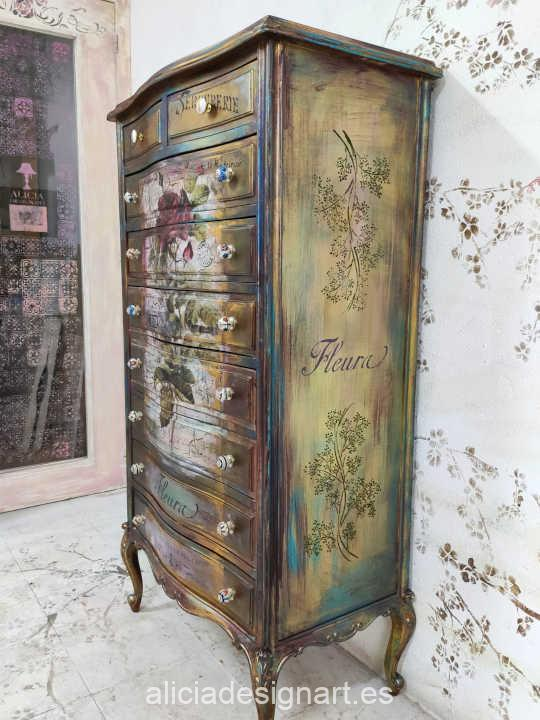 Ejemplo de mueble decorado usando la plantilla de stencil Cadence BN175 - Taller decoración de muebles antiguos Madrid estilo Shabby Chic, Provenzal, Romántico, Nórdico