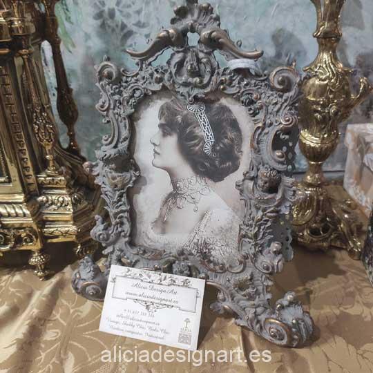 Cuadro decorado con Antique Powder AP708 color visón de Cadence - Decoración de muebles antiguos estilo Shabby Chic, Provenzal, Romántico, Nórdico
