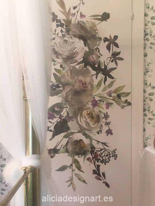 Ejemplo de utilización de papel de arroz XL gran formato para Home Decor sobre puertas de armarios - Taller decoración de muebles antiguos Madrid estilo Shabby Chic, Provenzal, Romántico, Nórdico