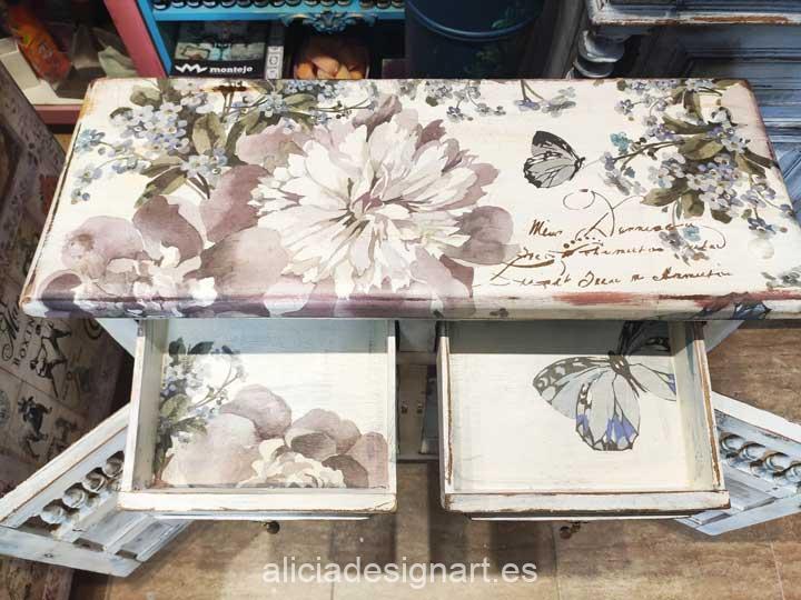 Ejemplo de mueble decorado con el papel de arroz para découpage Cadence - Decoración de muebles antiguos estilo Shabby Chic, Provenzal, Romántico, Nórdico