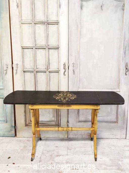 Mesa con alas abatibles decorada estilo Shabby Chic francés - Taller de decoración de muebles antiguos Alicia Designart Madrid. Muebles de colores, productos y cursos.
