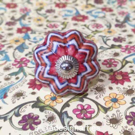 Pomos tiradores estrellados de 4,5 cm de cerámica estilo Boho Chic India - Tienda de productos de decoración en Madrid. Plantillas de stencil, papel dÉcoupage, pintura decoración, Chalk Paint, accesorios
