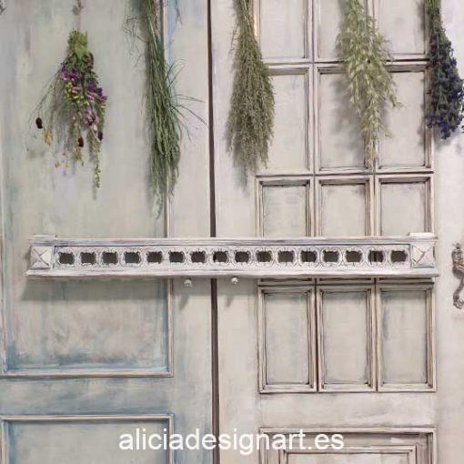 Copete walldecor Art Deco antiguo decorado estilo Shabby Chic en tonos blancos - Taller de decoración de muebles antiguos Alicia Designart Madrid