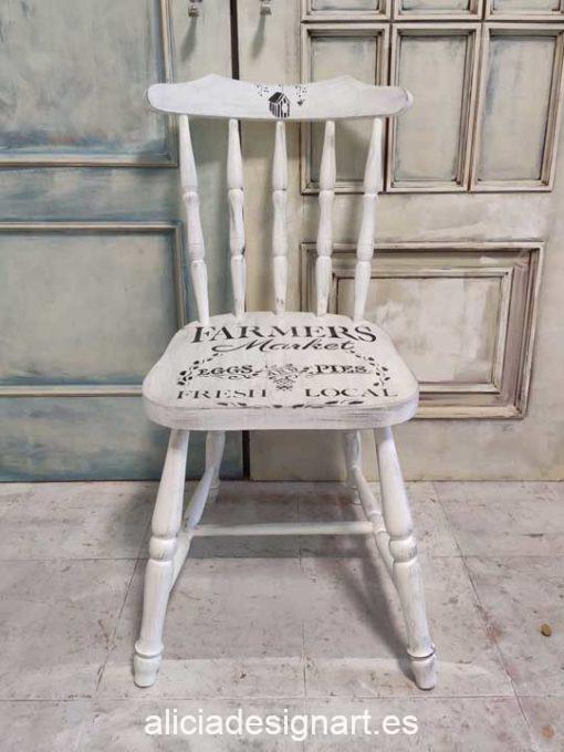 Silla Windsor vintage estilo farmhouse color blanco con stencil pajarera - Taller de decoración de muebles antiguos Madrid estilo Shabby Chic, Provenzal, Romántico, Nórdico
