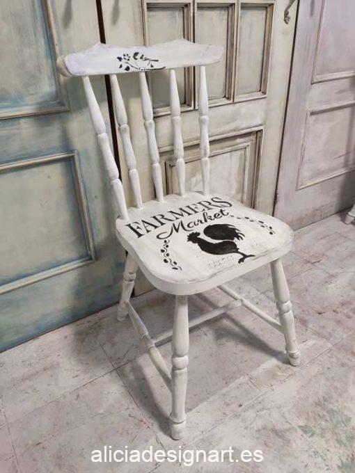 Silla Windsor vintage estilo farmhouse color blanco con stencil pajarito - Taller de decoración de muebles antiguos Madrid estilo Shabby Chic, Provenzal, Romántico, Nórdico