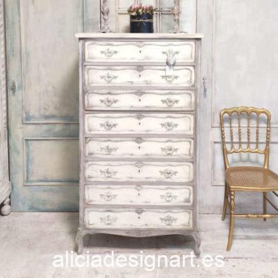 Sinfonier Anne con 8 cajones decorado estilo Francés con glamour - Taller de decoración de muebles antiguos Madrid. Muebles de colores, productos y cursos.