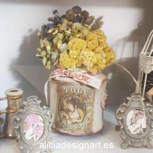 Jarrón Lady de cristal reciclado decorado estilo retro - Taller decoración de muebles antiguos Madrid estilo Shabby Chic, Provenzal, Romántico, Nórdico